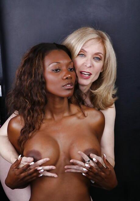 Interracial Lesbian Pics