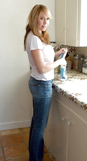 Milf Sexy Jeans Pics